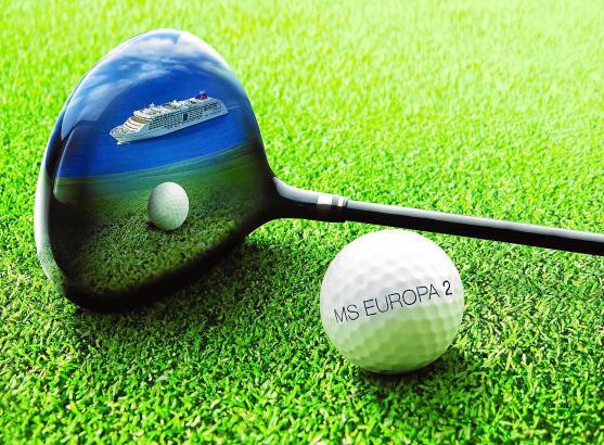 """Golf und die """"MS Europa 2"""" – das gehört für die Reederei Hapag-Lloyd Kreuzfahrten zusammen."""