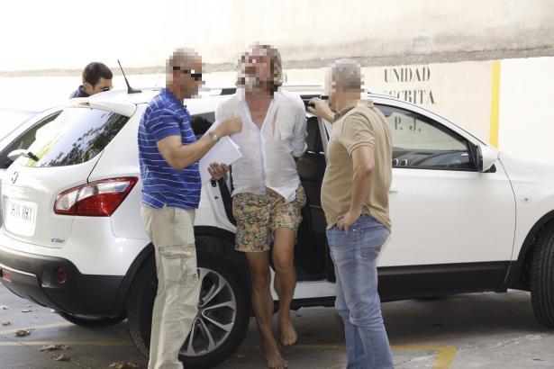 Der 45-jährige Deutsche bei seiner Festnahme auf Mallorca.