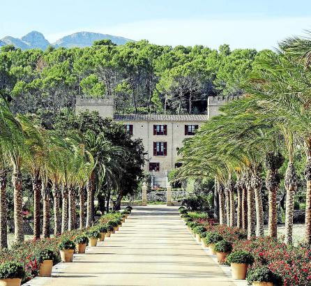 Es Castell Son Claret: Der Eigentümer Klaus-Michael Kühne und seine Ehefrau Christine haben das Anwesen liebevoll restauriert. I