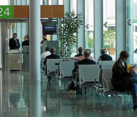Die Flüge nach Menorca könnten künftig deutlich billiger liegen. Derzeit kosten sie im Schnitt 90 Euro.