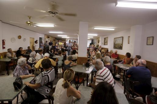 Die Anwohnerversammlung an der Playa de Palma kritisiert die Nachlässigkeit der Behörden.