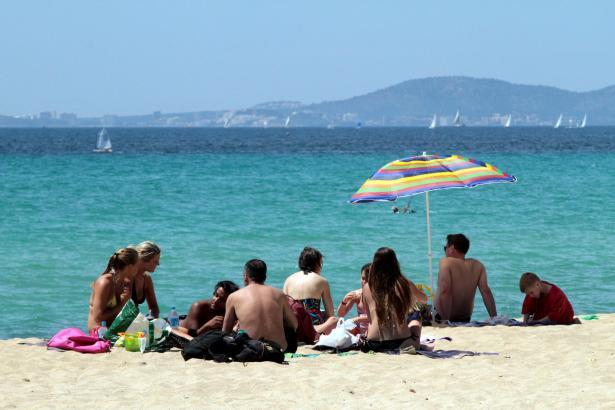 Urlaub auf Mallorca soll den Plänen der Regierung zufolge in nicht allzu ferner Zukunft ein bis zwei Euro pro Nacht und Besucher