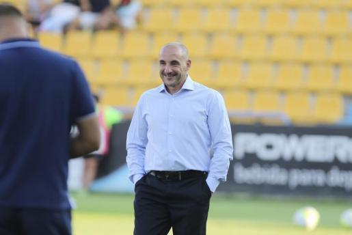 Guter Dinge: Mallorca-Trainer Albert Ferrer.
