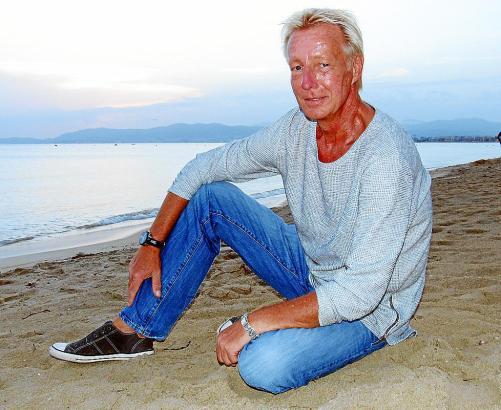 Tomas de Niero an der Playa de Palma. Ende der 90er Jahre verliebte der Berliner sich in Mallorca und möchte sein Leben auf der