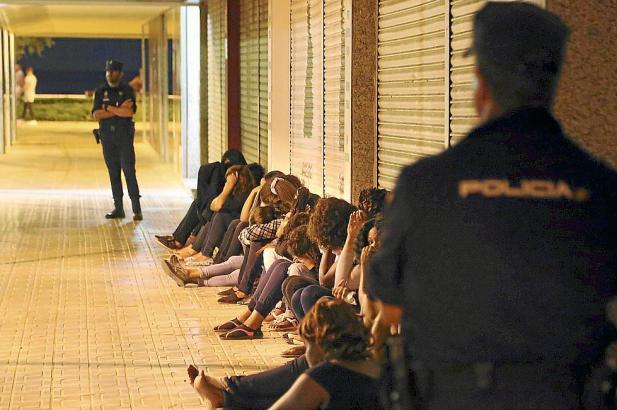 Bei mehreren Einsätzen hat die Polizei diesen Sommer auf Mallorca zahlreiche Mitglieder der nigerianischen Prostituiertengruppe