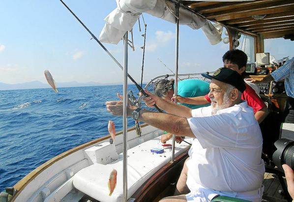 Das Angeln gehört zu den beliebtesten Freizeithobbys auf Mallorca - sehr zum Leidwesen der Berufsfischer.
