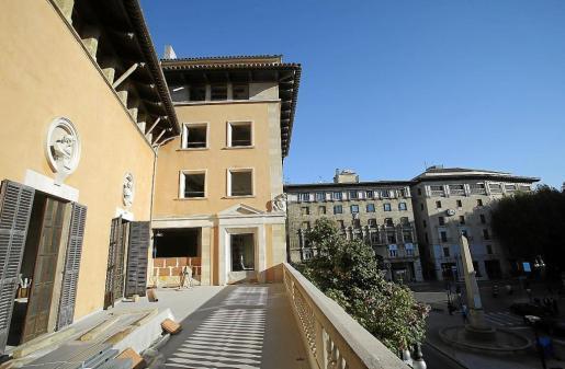 Die Hauptterrasse wird Teil der größten Wohnung von rund 1000 Quadratmetern im ersten Stock im Can Puig im Herzen von Palma de M