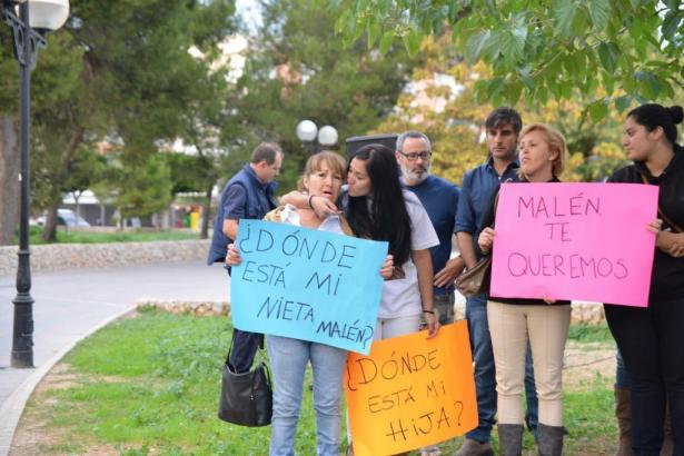 Demonstration wider das Vergessen. Malén Ortiz wird seit fast zwei Jahren vermisst.