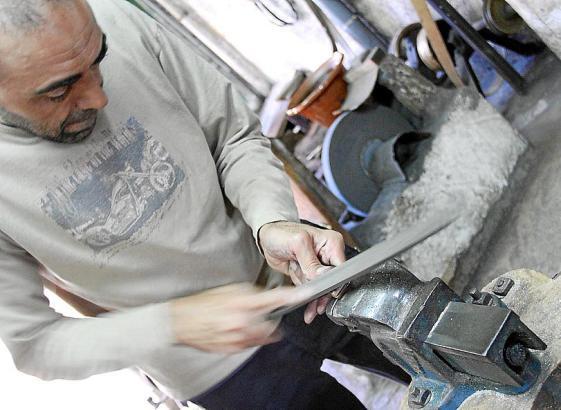 Jedes Messer wird in Handarbeit hergestellt.