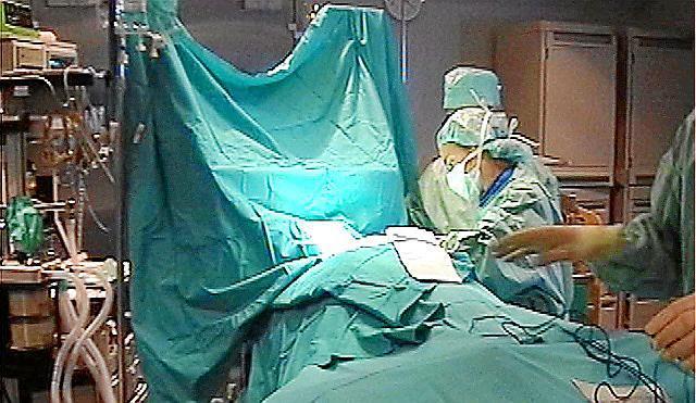 Mit einem Aktionsplan will IB-Salut die Wartezeiten auf Operationen verringern.