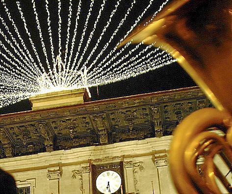 Am 27. November wird auf dem Rathausplatz die Weihnachtsbeleuchtung eingeschaltet.