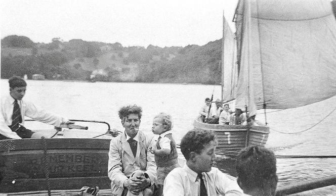 Aus den 40er Jahren stammt dieses Bild mit Robert Graves und seinem Sohn William.