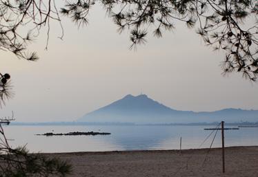 Mallorca im Dezember, gesehen am Strand von La Gola im Norden der Insel.