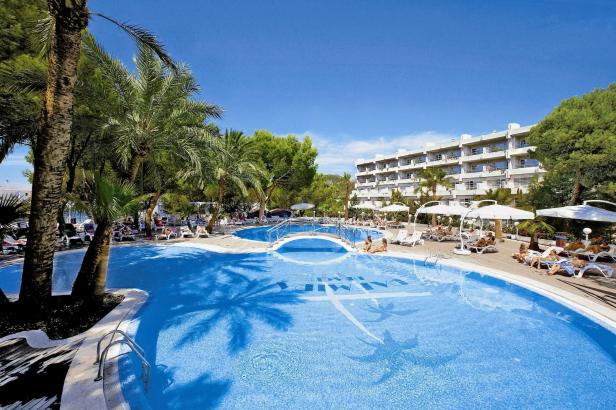 Alltours hat das Hotel Palmira Beach in Peguera erworben.