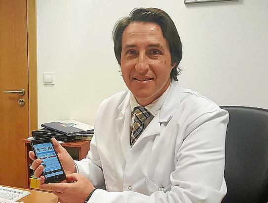 Der Urologe und Androloge Juan Pablo Burgués hat eine App zu Männerkrankheiten entwickelt.