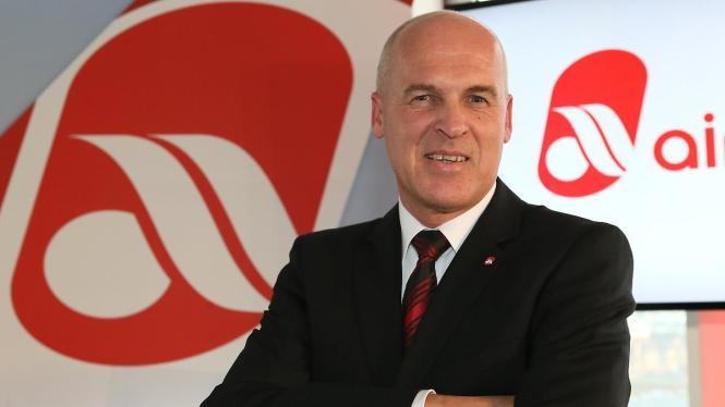 Stefan Pichler, Vorstandsvorsitzender der Air Berlin, freut sich über das Urteil.