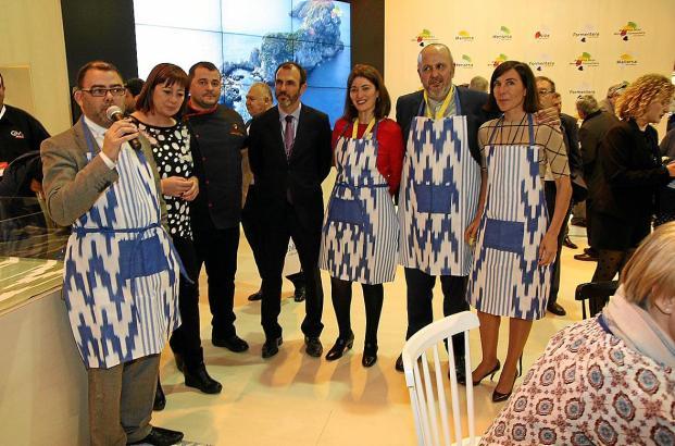 Die balearischen Lokalpolitiker präsentieren sich auf der Tourismusmesse Fitur in Madrid