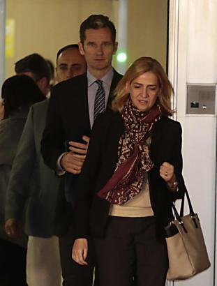 Infantin Cristina und ihr Ehemann beim Gerichtstermin auf Mallorca.