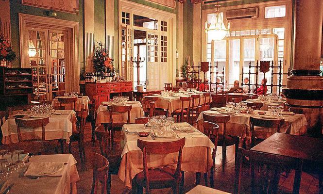 """Das ehemalige Restaurant """"Parlament"""" im Gebäude des Balearen-Parlaments."""