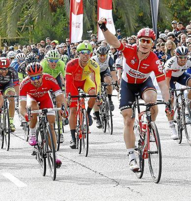 Sieg nach 161,5 Kilometern: André Greipel jubelt auf Palmas Paseo Marítimo.