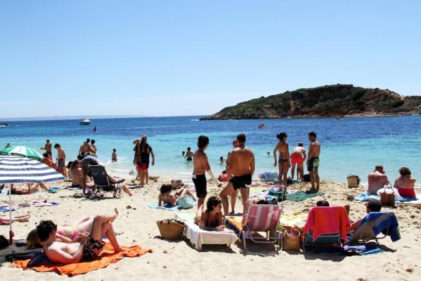 Für die Sommergäste 2016 dürfte die Urlaubersteuer fällig werden. Wer Glück hat, bekommt die Abgabe von seinem Hotelier bezahlt.