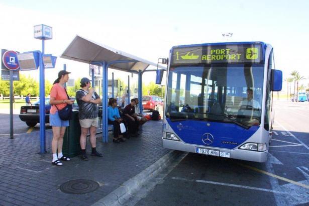 Die Fahrpreise für Einzeltickets in der Buslinie zwischen dem Zentrum von Palma de Mallorca und dem Flughafen werden deutlich te