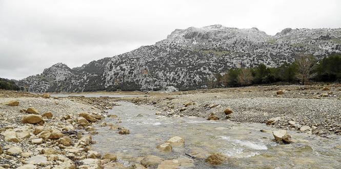 Regen und Schnee führen den Tramuntana-Stauseen neues Wasser zu.