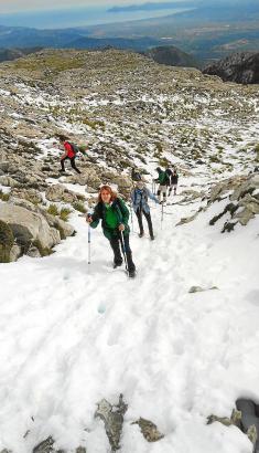 Aufstieg zum Massanella im Schnee.