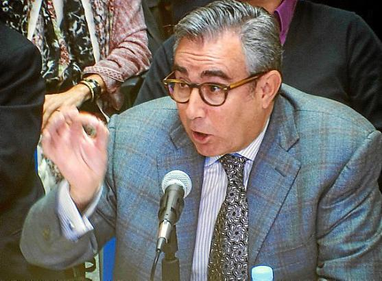 Der Angeklagte Diego Torres verteidigte vor Gericht vehement sein Geschäftsgebaren.
