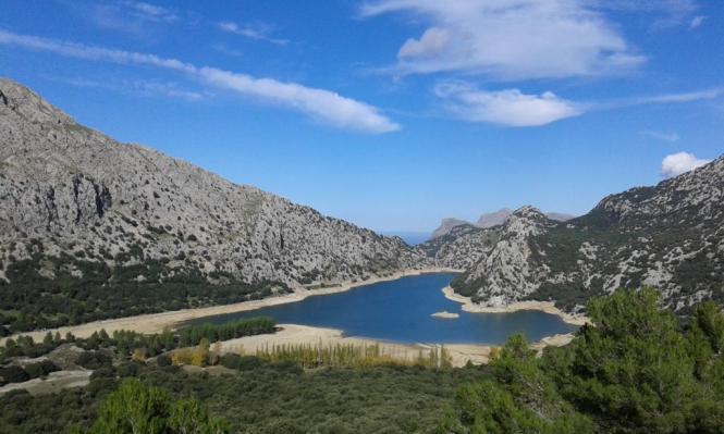 Der Pegel des Stausees Gorg Blau auf Mallorca ist um einen halben Meter gestiegen, liegt aber immer noch deutlich unter dem Wert
