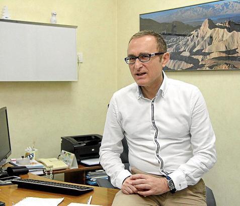 Dr. Manuel David Tomás Barberán praktiziert im Universitätskrankenhaus Son Espases auf Mallorca.