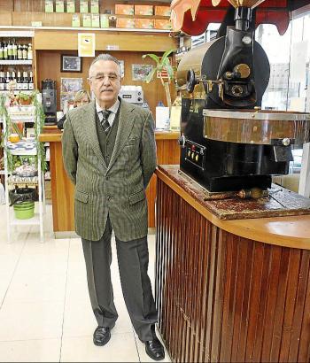 Direktor Salvador Florit leitet heute das kleine Ladengeschäft, das zum Lebensmittelunternehmen Grupo Fontanet gehört.