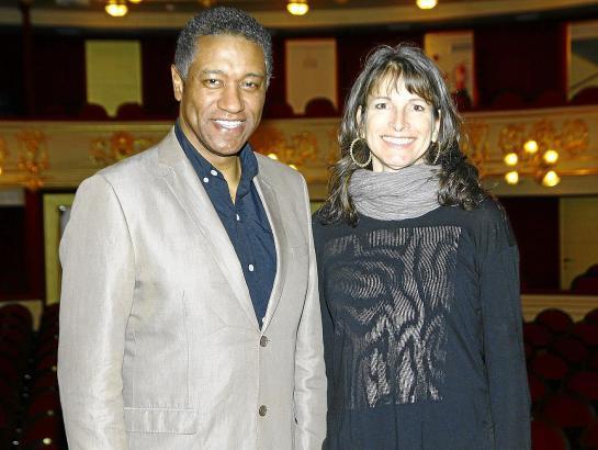 """Mark S. Doss und Nicola Beller Carbone nach eine Probe zu """"Salome"""" im Teatre Principal auf Mallorca."""