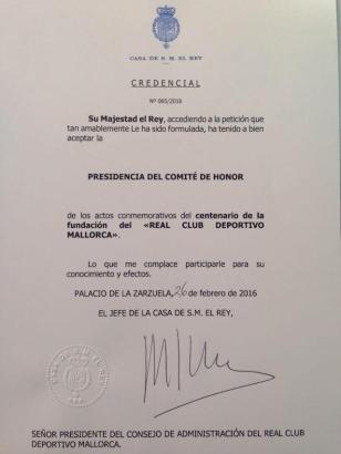 Urkunde mit Symbolwert: Felipe VI. wird Ehrenvorsitzender des Fest-Komitees.
