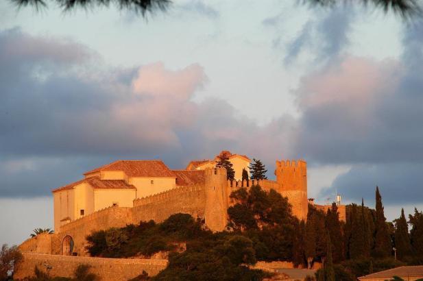 Das Rathaus von Artà im Nordosten von Mallorca will um den Besitz der Außenmauern des alten Klosters gerichtlich kämpfen.