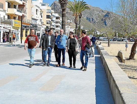 Tourismusminister Biel Barceló bei der Besichtigung der ersten Meereslinie von Port de Pollença im Nordwesten von Mallorca.