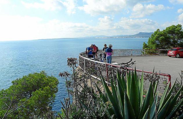 """Der Aussichtspunkt in der Costa dels Pins im Nordosten von Mallorca soll zu einem """"mediterranen Balkon"""" umgebaut werden."""