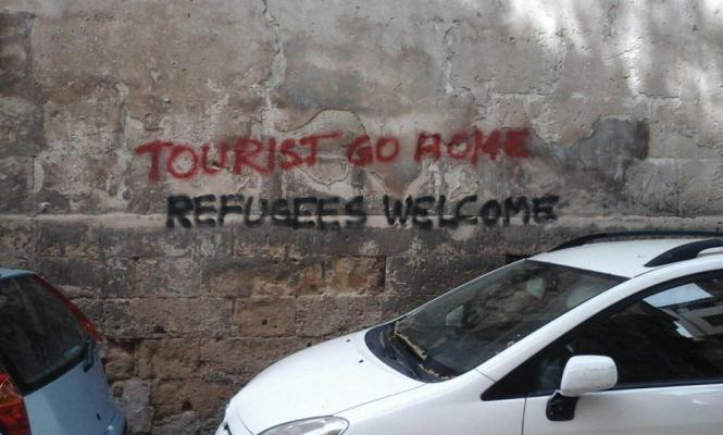 Touristenfeindliche Schmierereien in der Altstadt von Palma de Mallorca.