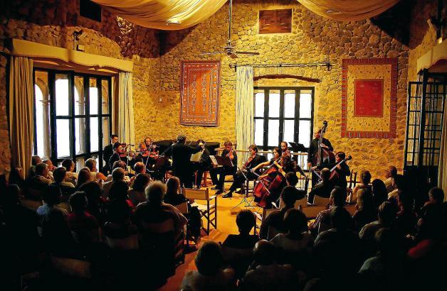 Die Konzerte finden in Son Marroig statt, dem ehemaligen Anwesen das Habsburger Erzherzogs Ludwig Salvator.