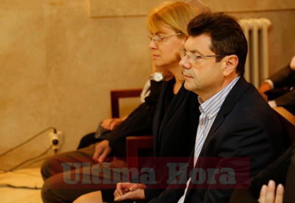 Alexander Romanov und Natalia Vinogradova vor Gericht auf Mallorca.