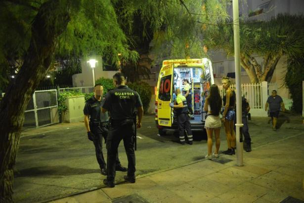 Die Ermittlungen um die mutmaßliche Vergewaltigung bei Magaluf im Südwesten von Mallorca dauern an.