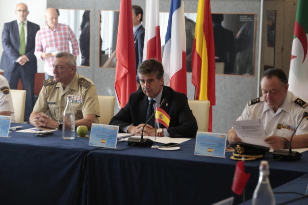 """""""Die Balearen sind sicher"""", sagte der Generaldirektor für Polizeiwesen, Ignacio Cosidó (m.)."""