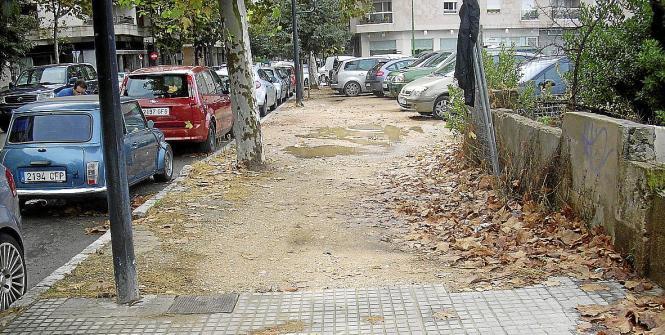 Anwohner beschweren sich über den Zustand des Fußwegs im Camino de Jesús