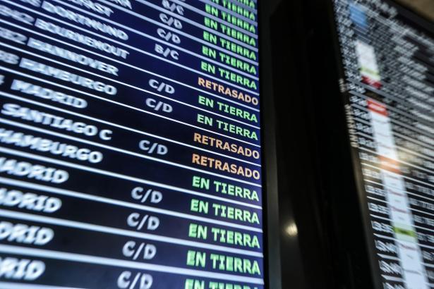 Wenn die französischen Lotsen streiken, sind viele Mallorca-Flüge betroffen.