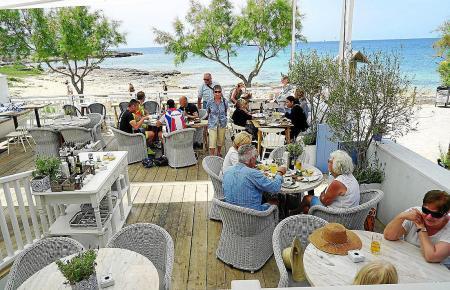 Traumlage direkt am Strand in Colònia de Sant Jordi: das Cassai Beach House.