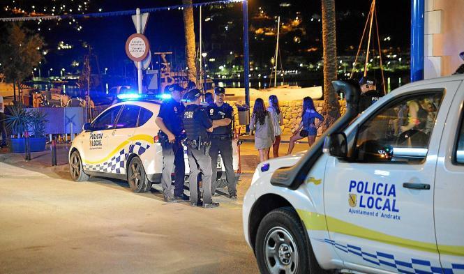 Die Polizei bei einem Einsatz in Port d'Andratx