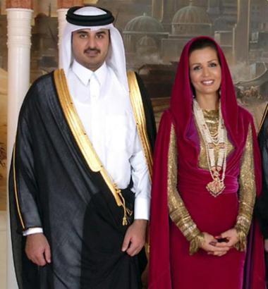Scheich Tamim bin Hamad Al Thani gemeinsam mit seiner Frau.