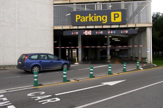 In diesem Bereich des Flughafen-Parkhauses wird ab sofort das Ticket ausgestellt und nicht wie bisher, in den einzelnen Stockwer