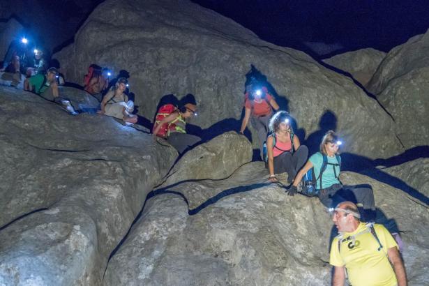 Ausgestattet mit Stirnlampen, Seilen, und mehreren Litern Wasser legte die Gruppe viele Kilometer zwischen Sa Calobra und dem Do