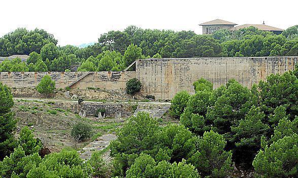 Das brachliegende Gaskessel-Areal in Palma de Mallorca soll neu genutzt werden.